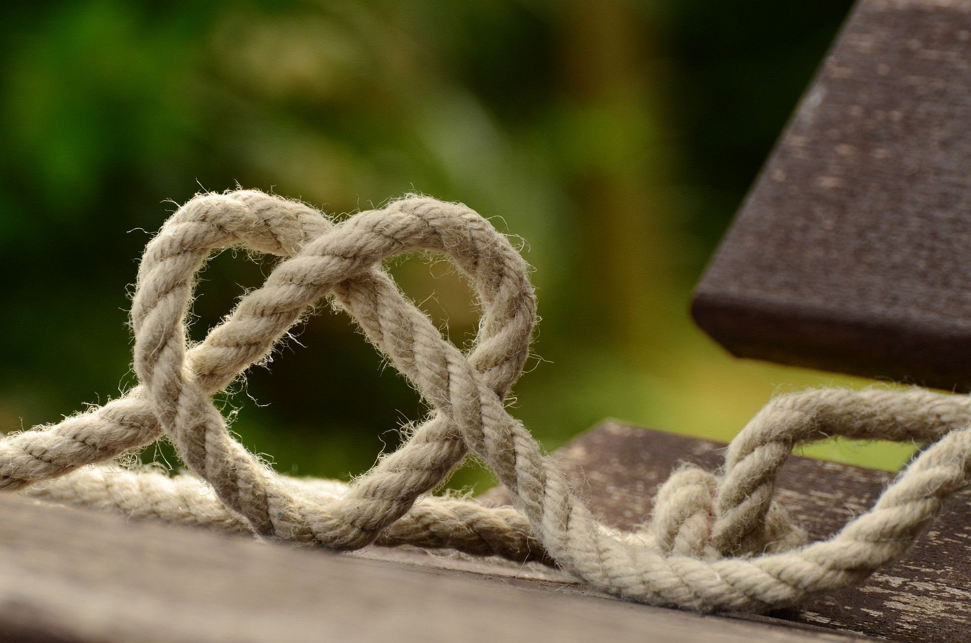 Heart shaped rope