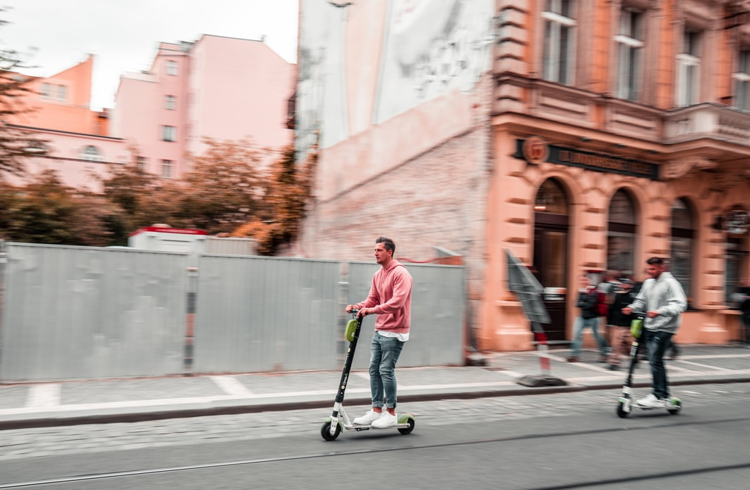 IoT tech can help save the scooter sharing industry