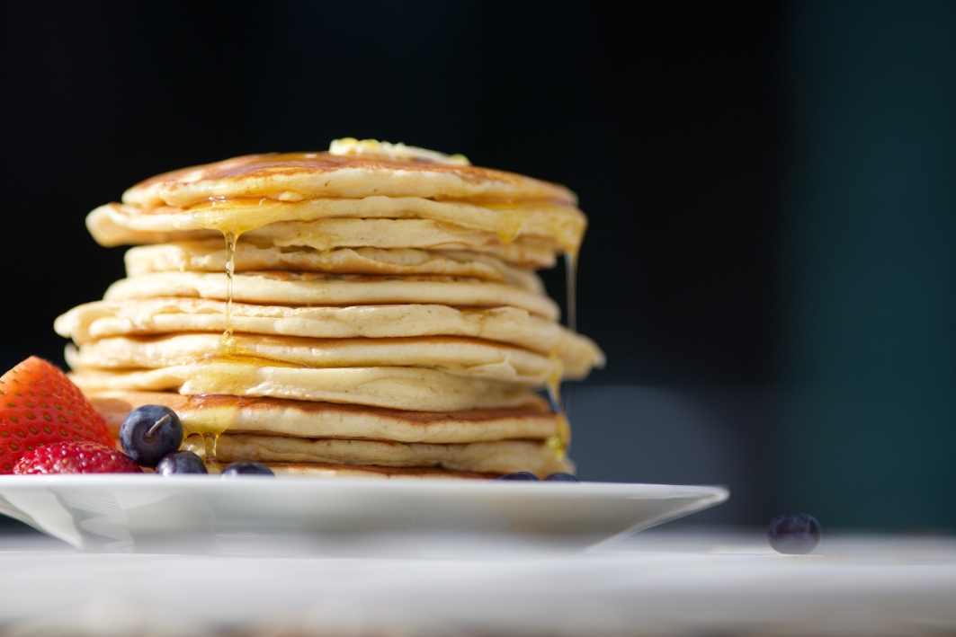 stack-of-pancakes-with-fruit