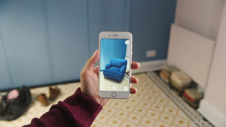 taking photo of a chair with iPhone